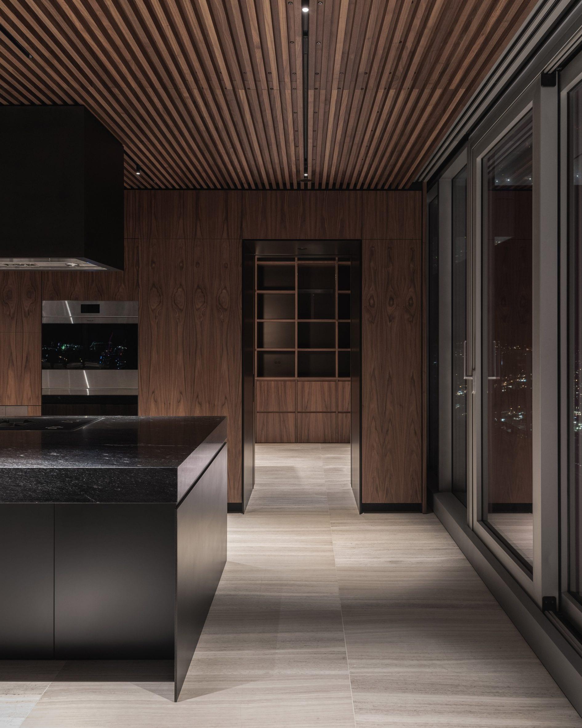 leckie-studio-penthouse-big-skyscraper-vancouver_dezeen_2364_col_24-scaled.jpg
