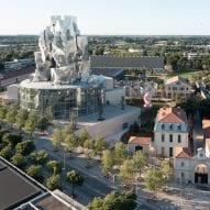 "Frank Gehry'sLuma Arlestower ""is a crime"" says commenter"
