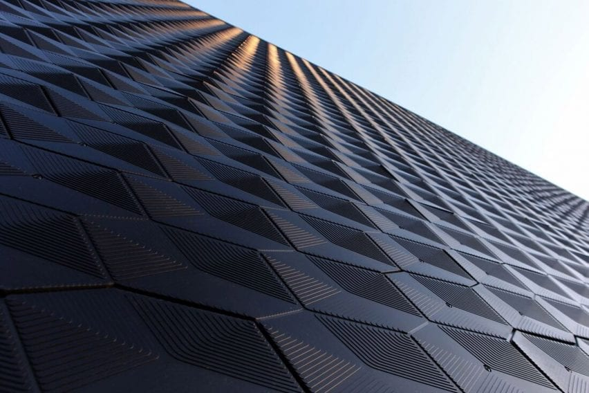 Hexchar facade by Made of Air at Audi Trudering dealership