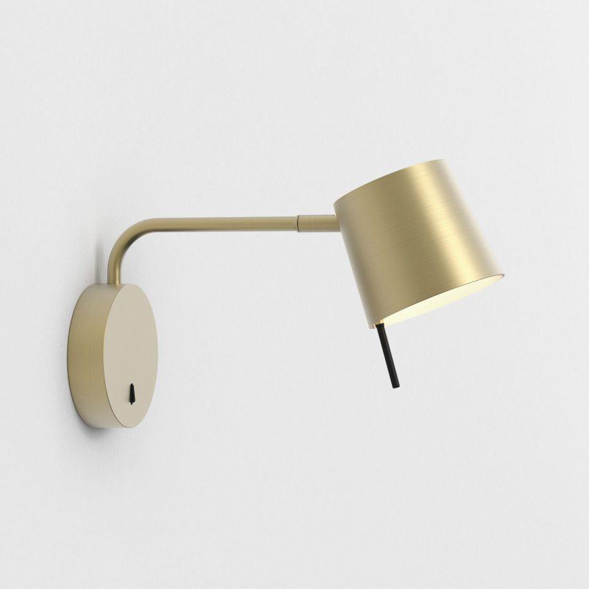 Miura wall light with a matt gold finish