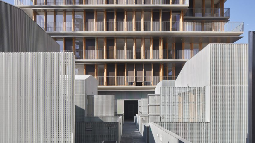 A mixed-use development in Paris by Moussafir Architectes and Nicolas Hugoo Architecture