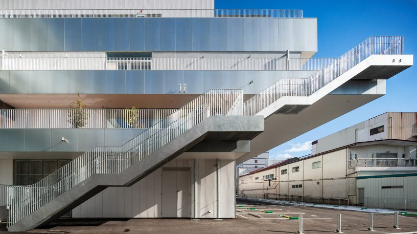 Steel sheets wrap around the floor plates at The Sukagawa Community Center