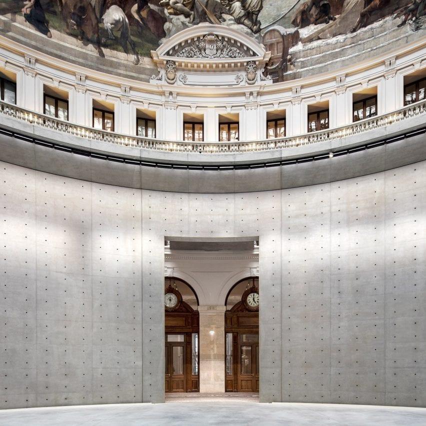Aaron Betsky calls Tadao Ando's redesign of the Bourse de Commerce a disaster