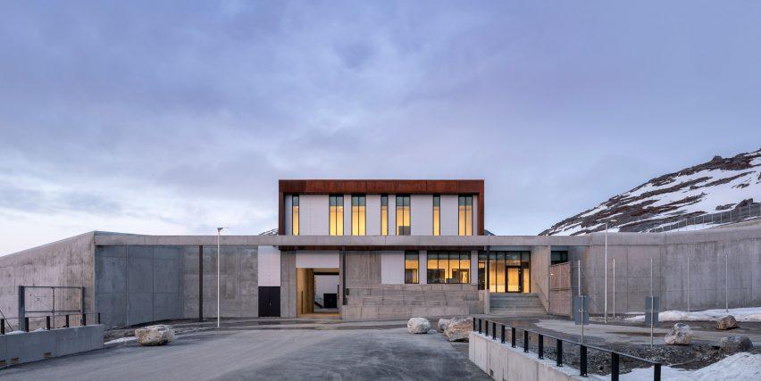 Penjara beton di Greenland