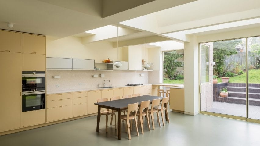 Kitchen and dining room in Mount View house renovation by Archmongers