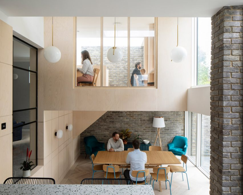 Communal living spaces in Bravura House by Selencky Parsons