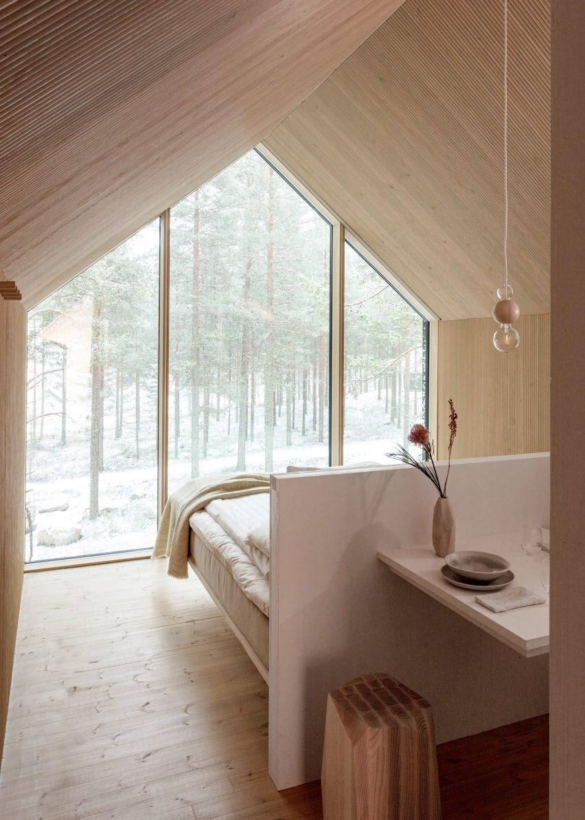 Gable bedroom by Studio Puisto