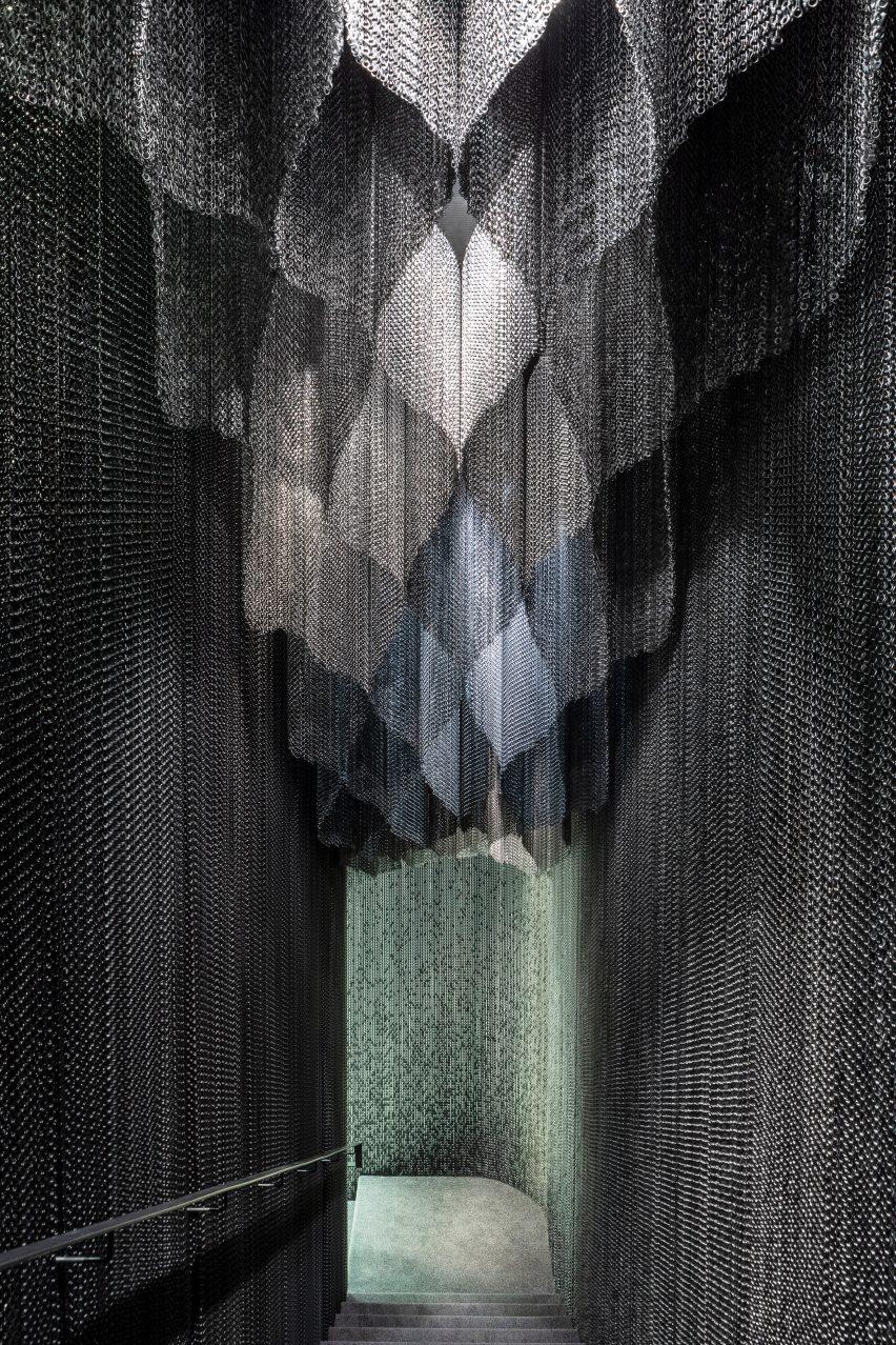 A metal-mesh curtain
