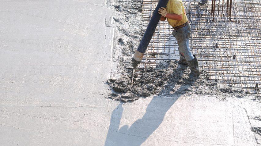 Concrete pouring for building
