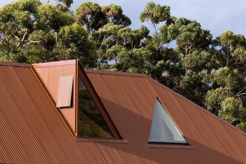 Coopworth house has triangular windows