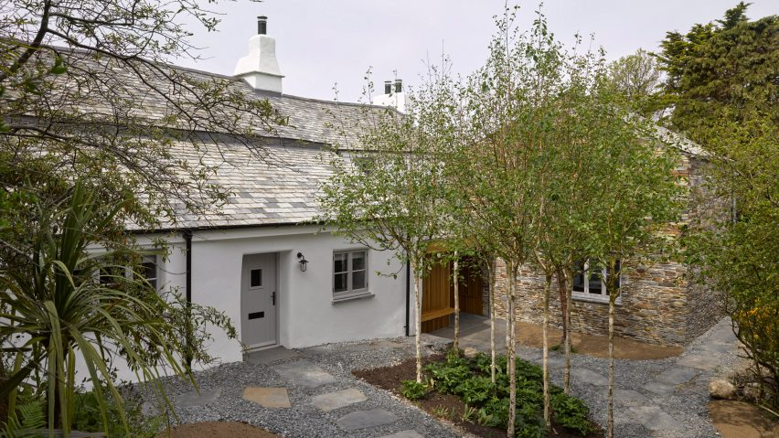 The exterior of Cornish Cottage by Jonathan Tuckey