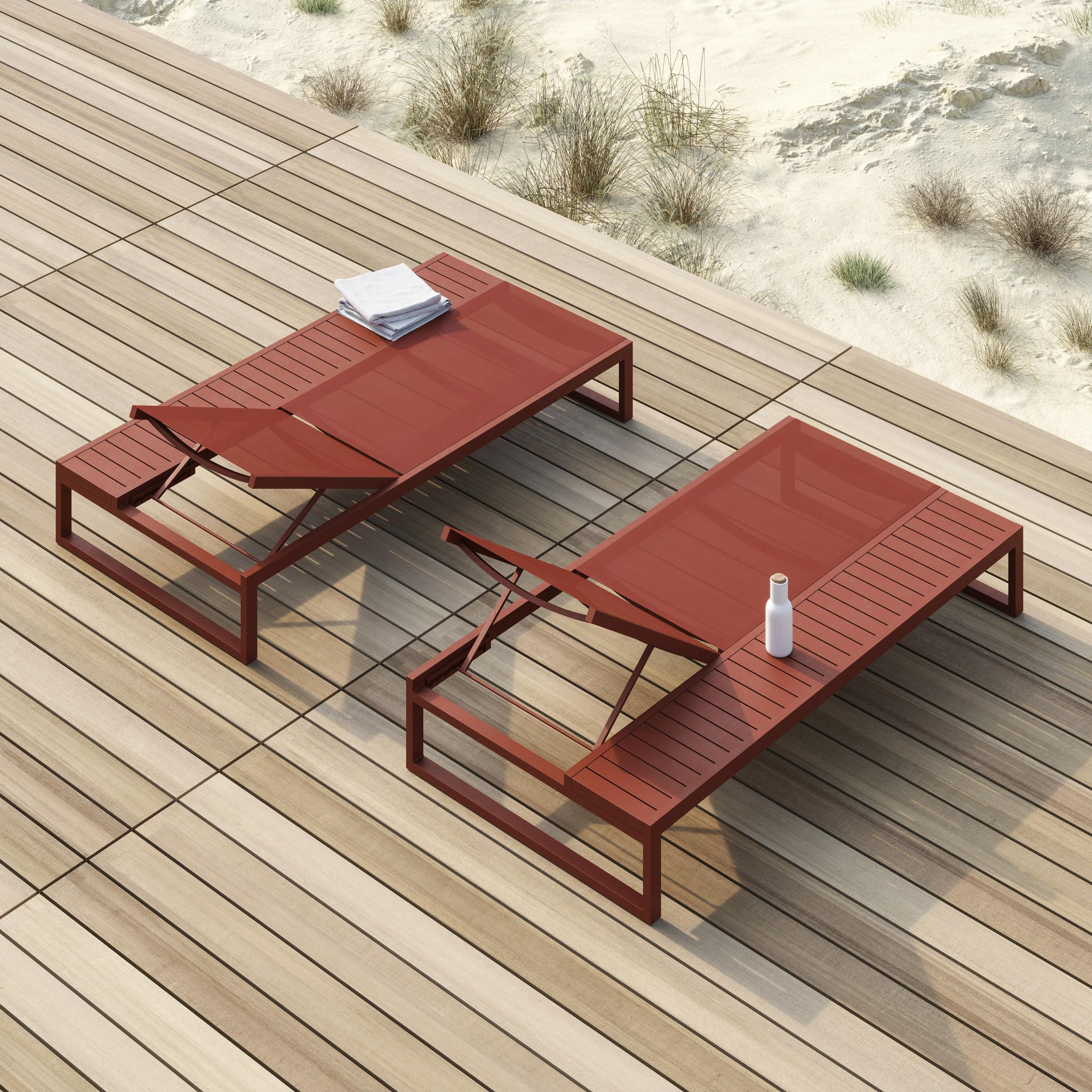 Eos Platform lounger by Matthew Hilton for Case Furniture