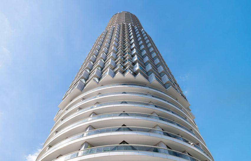 Cylindrical skyscraper