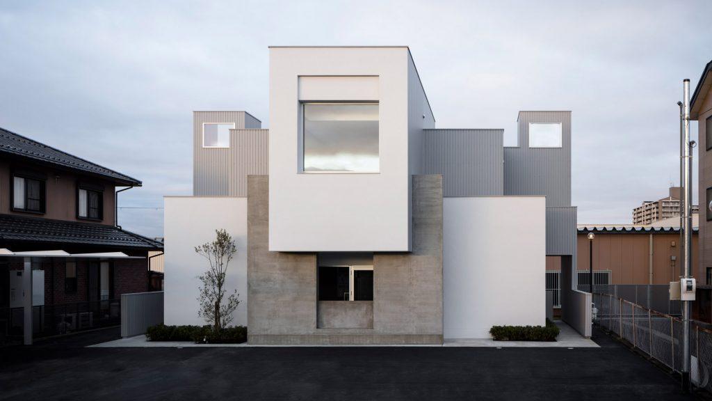 FORM/Kouichi Kimura creates geometric hair salon and home in Japan