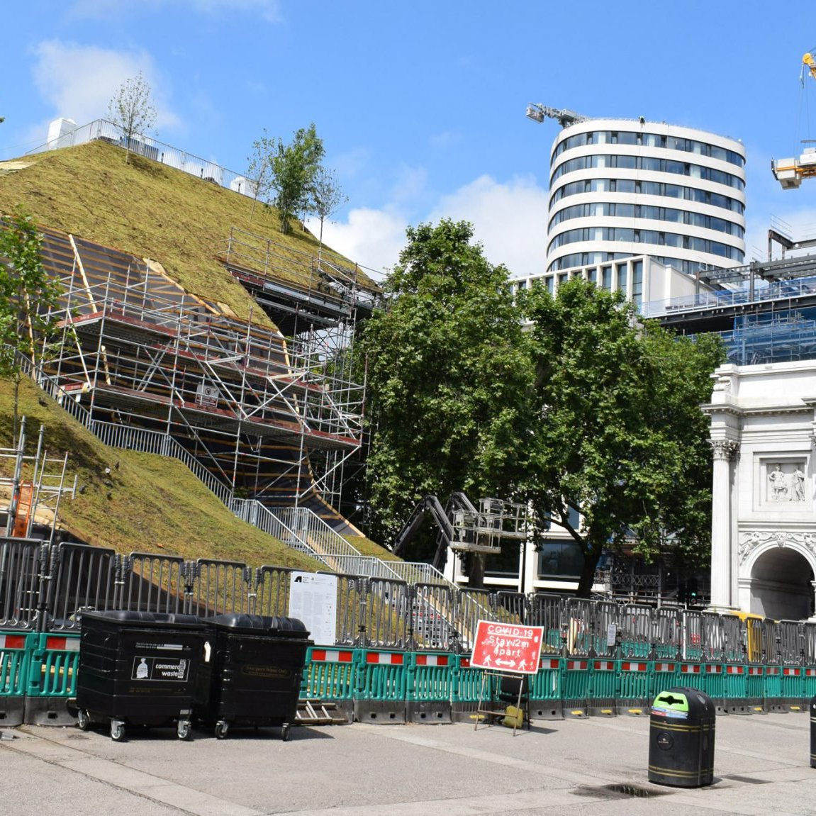 """MVDRV's Marble Arch Mound """"aving a laugh"""" as council suspend bookings"""