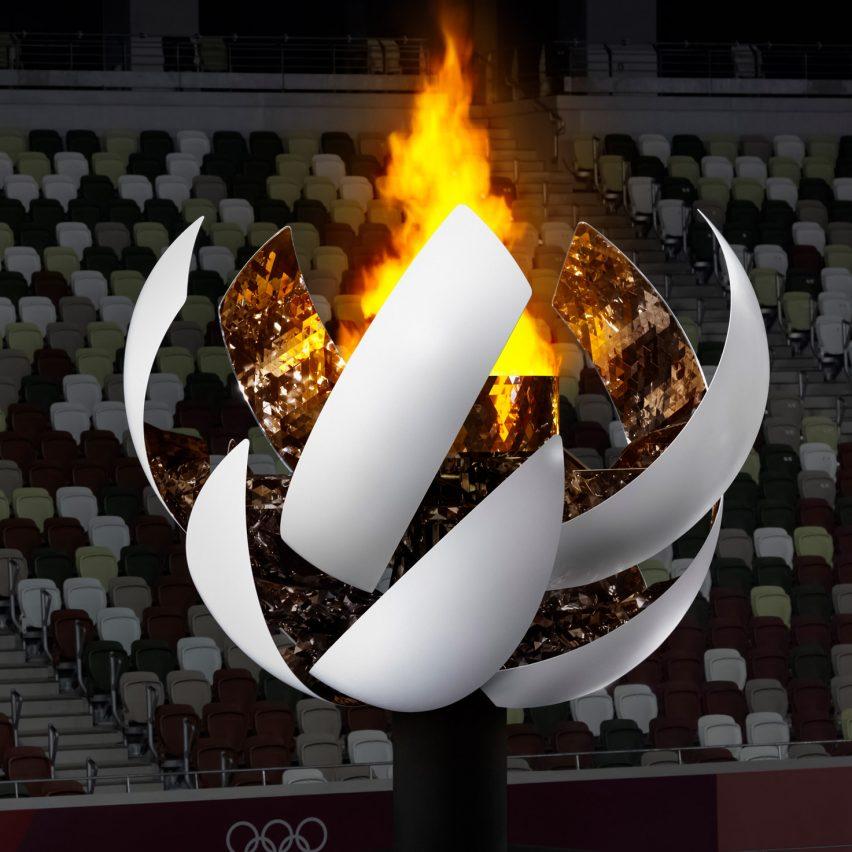 Toyko Olympic cauldron by Nendo