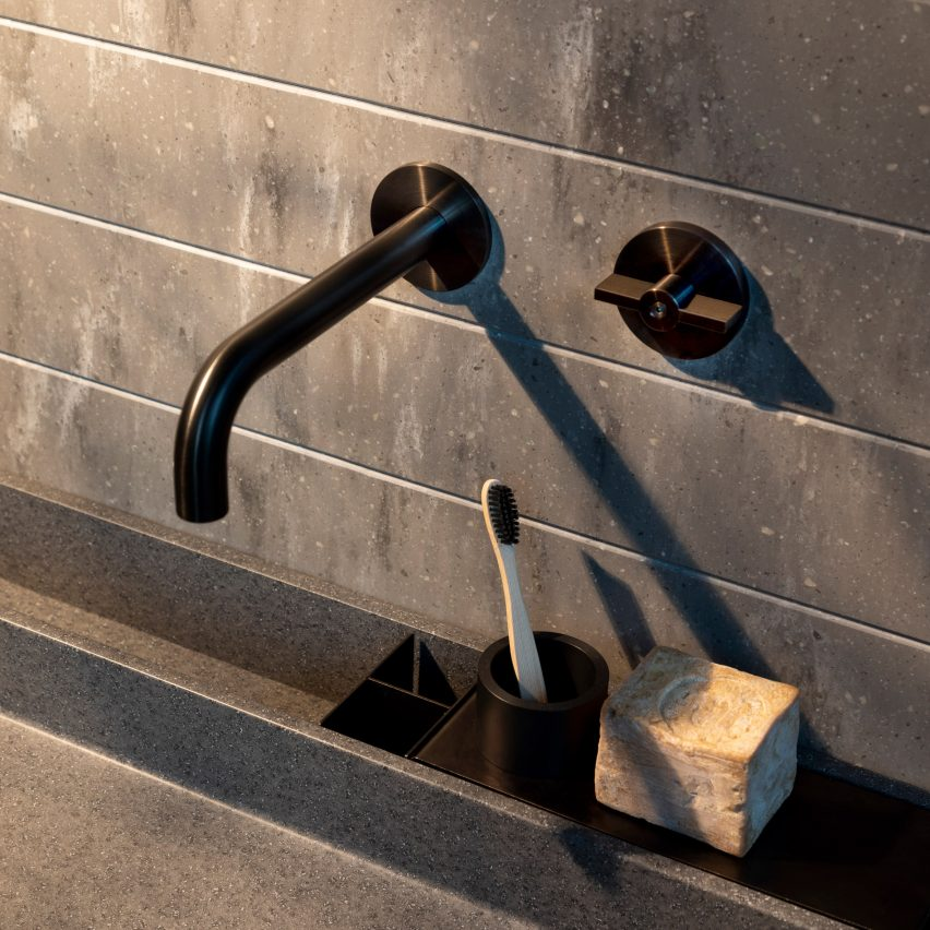 A sink and a steel tap