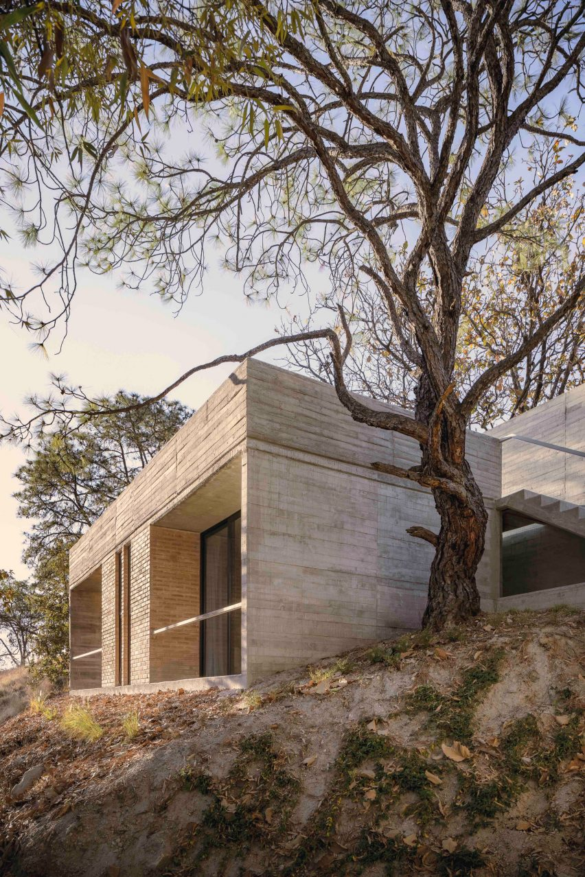 Casa Amapa is comprised of two levels