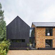 "Napier Clarke Architects modernises ""uninspiring"" 1970s house"