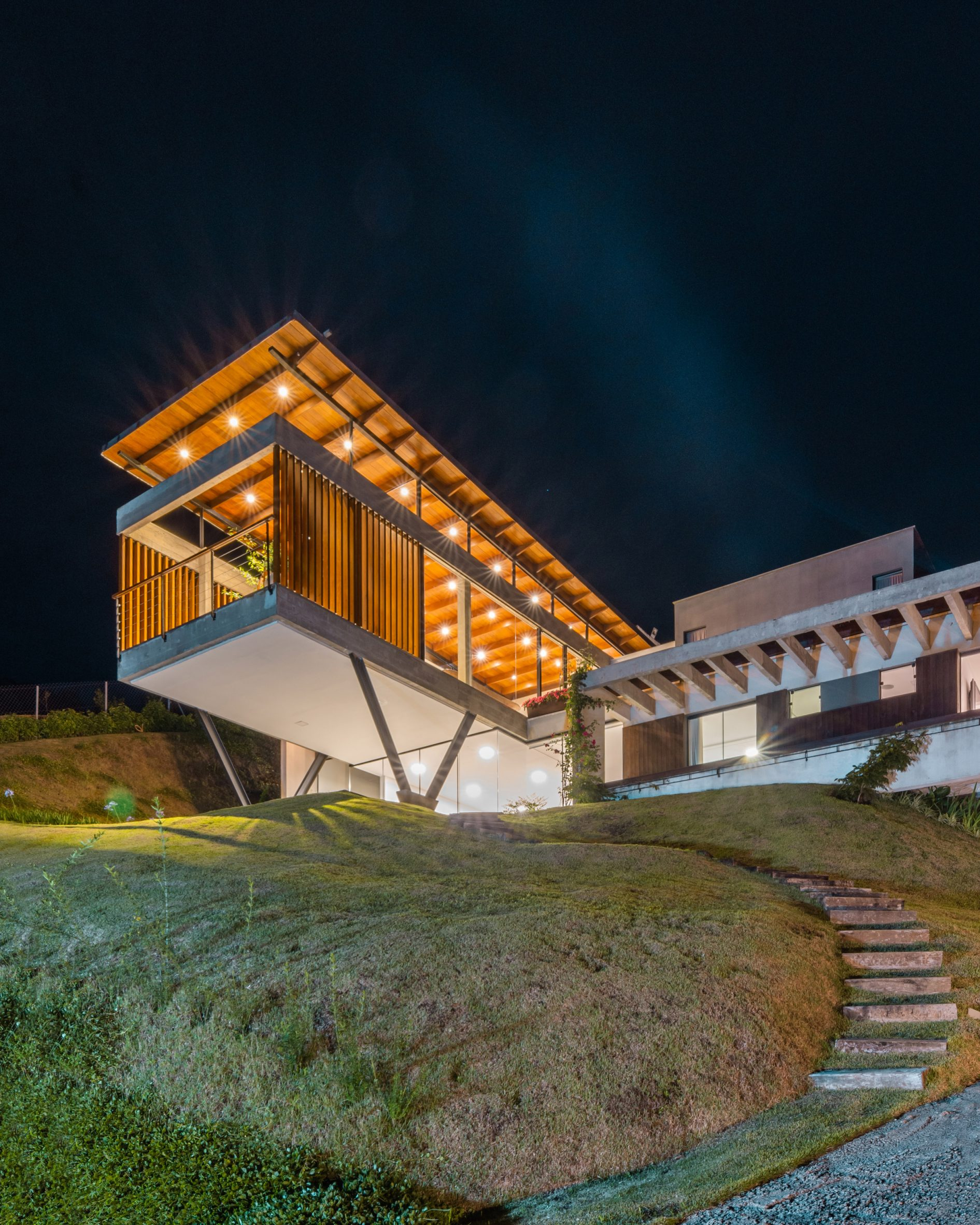 Concrete House OTP Arquitetura Brasil