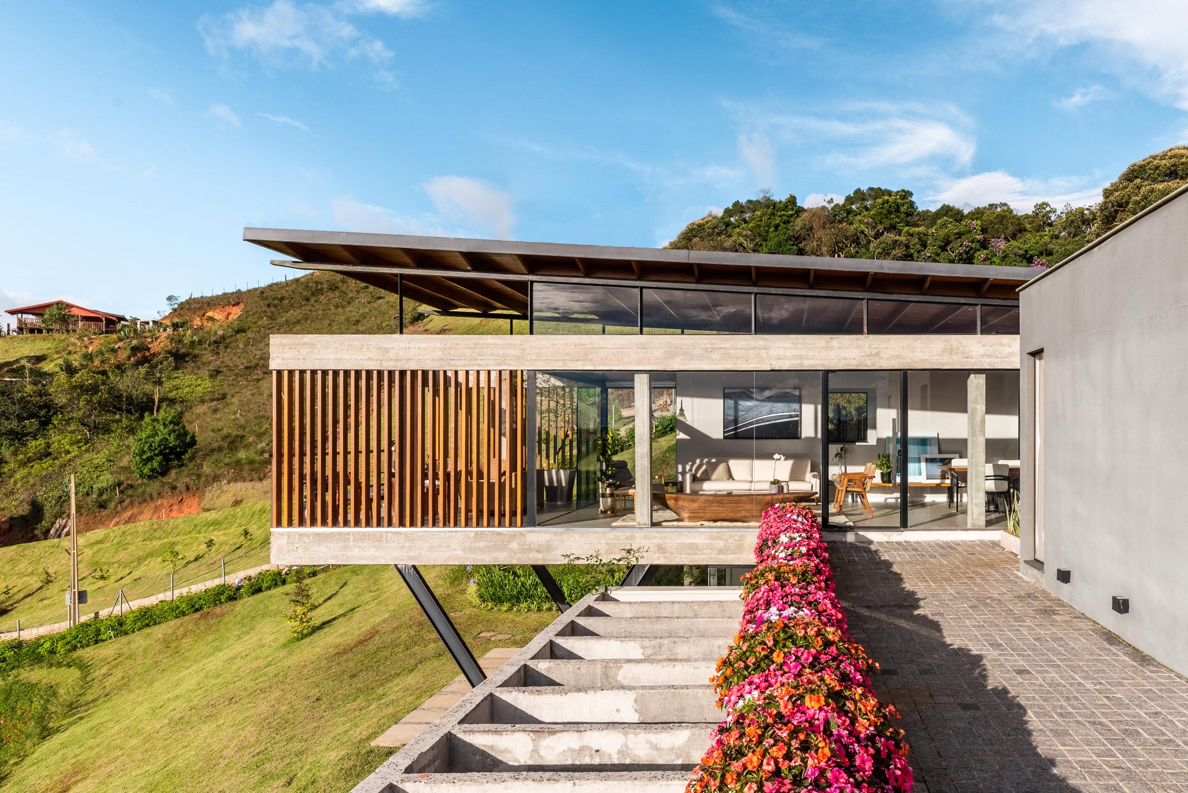 Brazil House OTP Arquitectura Wood Slats Concrete
