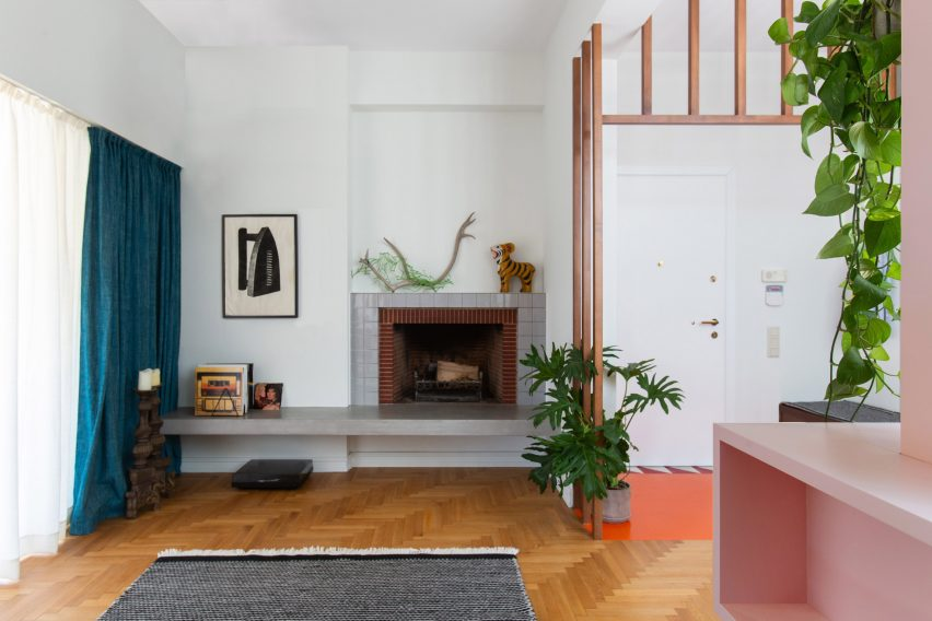 Wooden floor and tiled fireplace in Trikoupi apartment