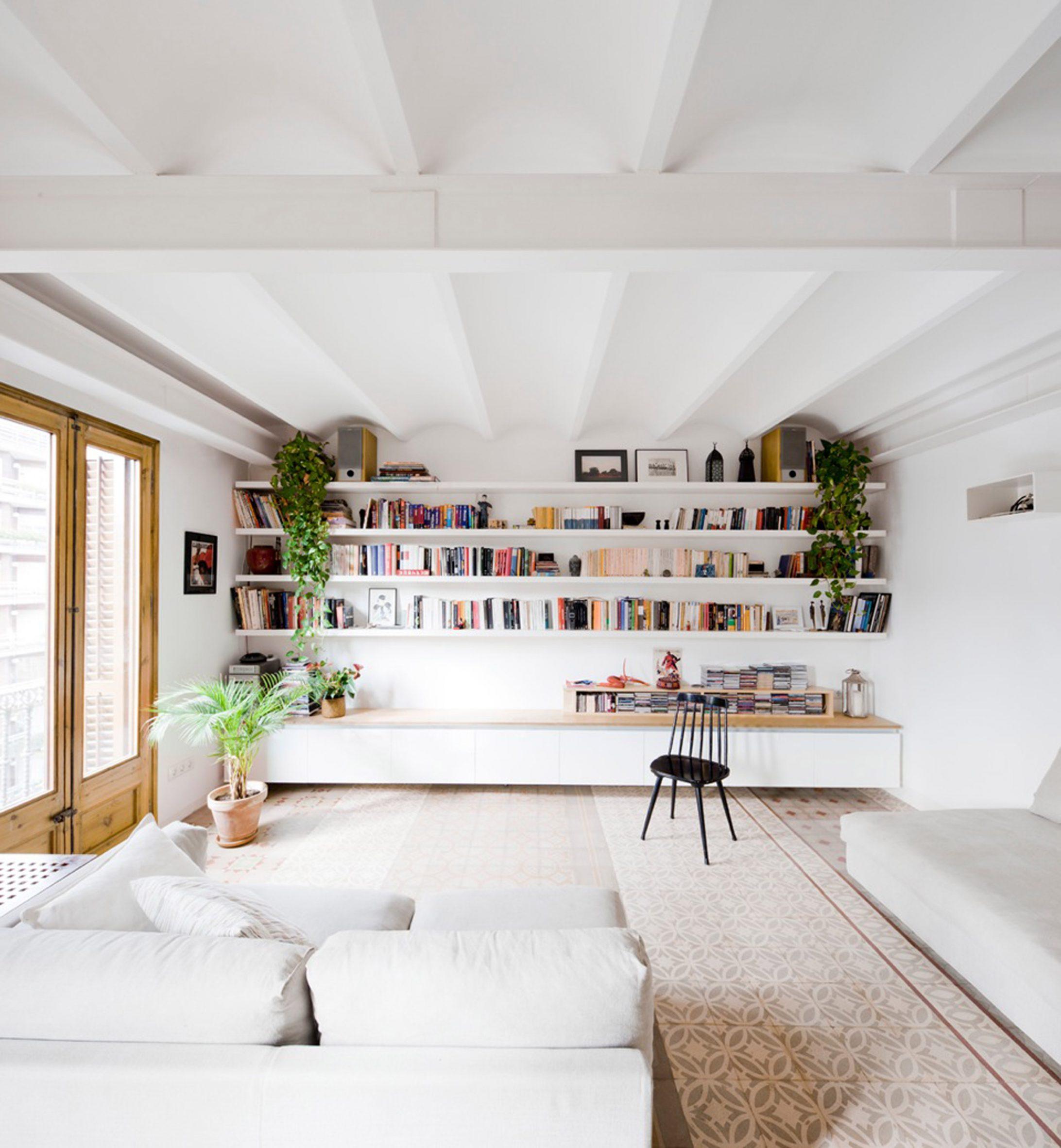 Urgell apartment