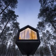 Niliaitta by Marc Goodwin, Archmospheres