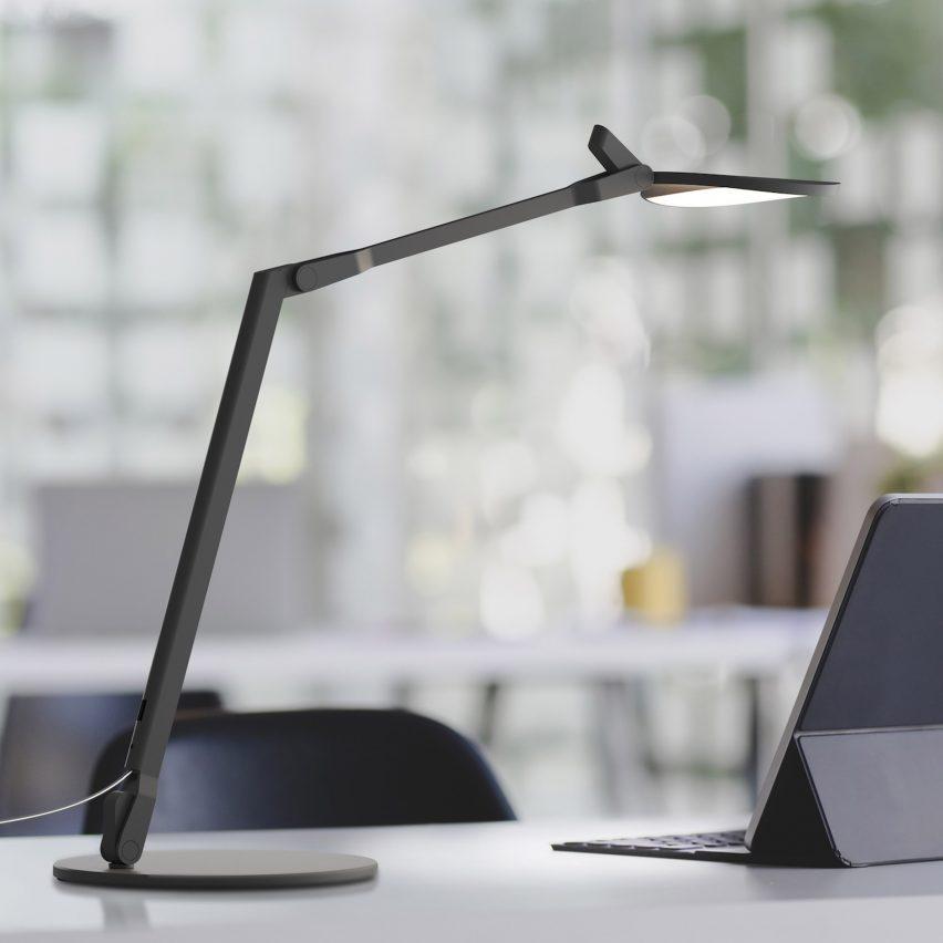 Настольная лампа Splitty Reach от Кеннета Нга и Эдмунда Нг для Koncept