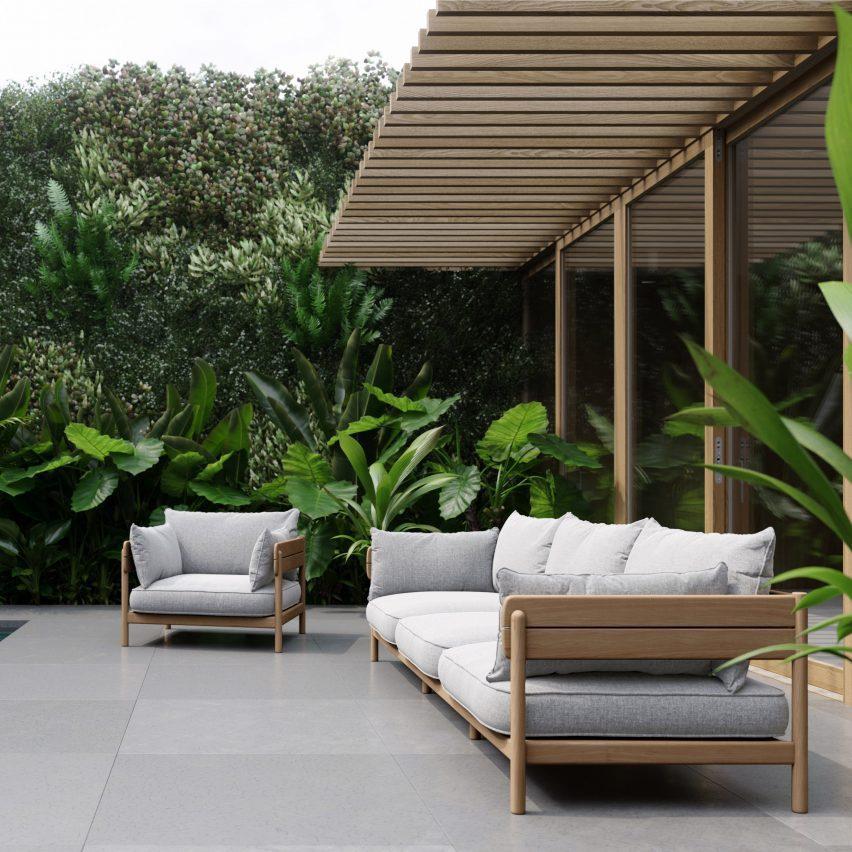 Уличный диван Tanso от Дэвида Ирвина для Case Furniture