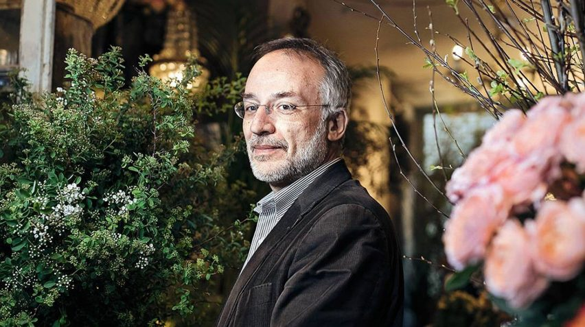 A portrait of Stefano Mancuso who is a plant scientist and Professor at the University of Florence