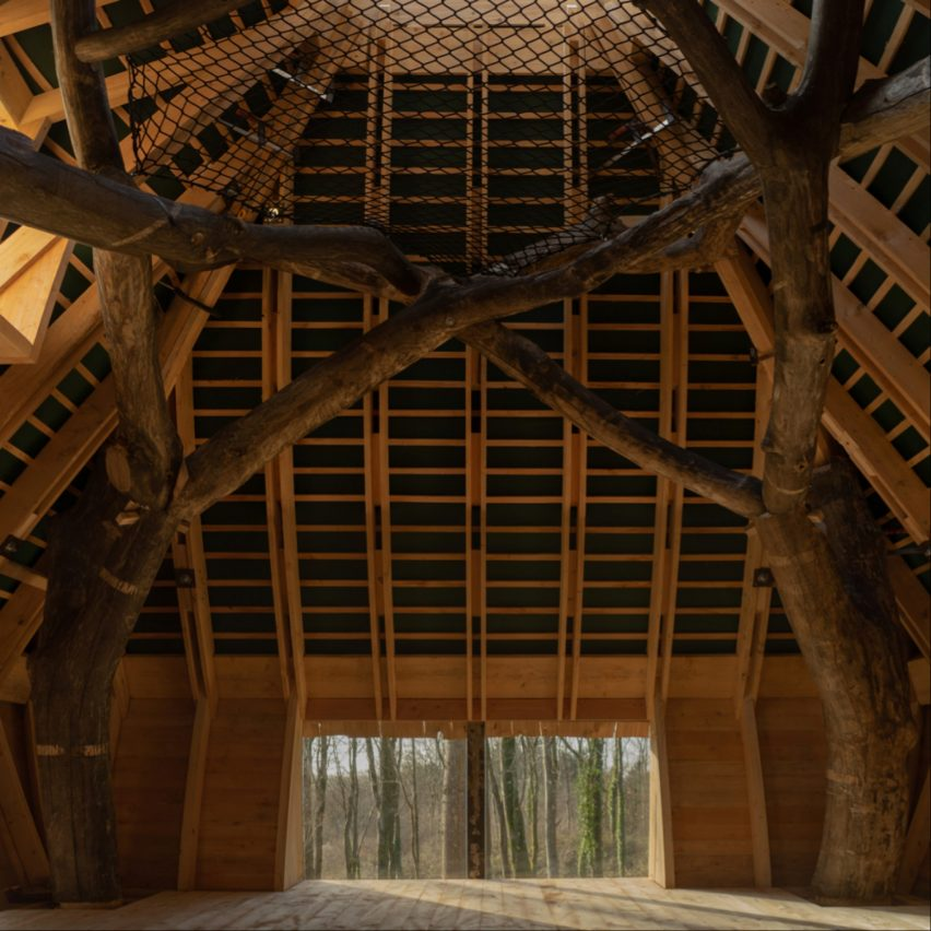 Woodland Cabin by Design and Make