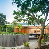 Bernardes Arquitetura tops Rio de Janeiro villa with wing-shaped roof