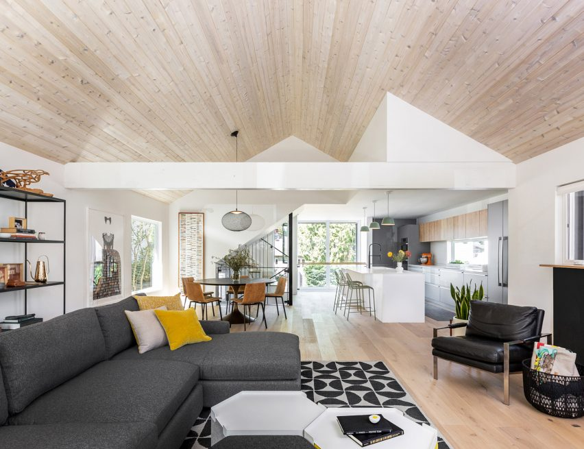 Boathouse Bungalow has stained cedar ceilings