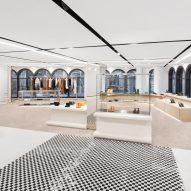 Burberry London flagship No.1 Sloane Street by Vincenzo De Cotiis