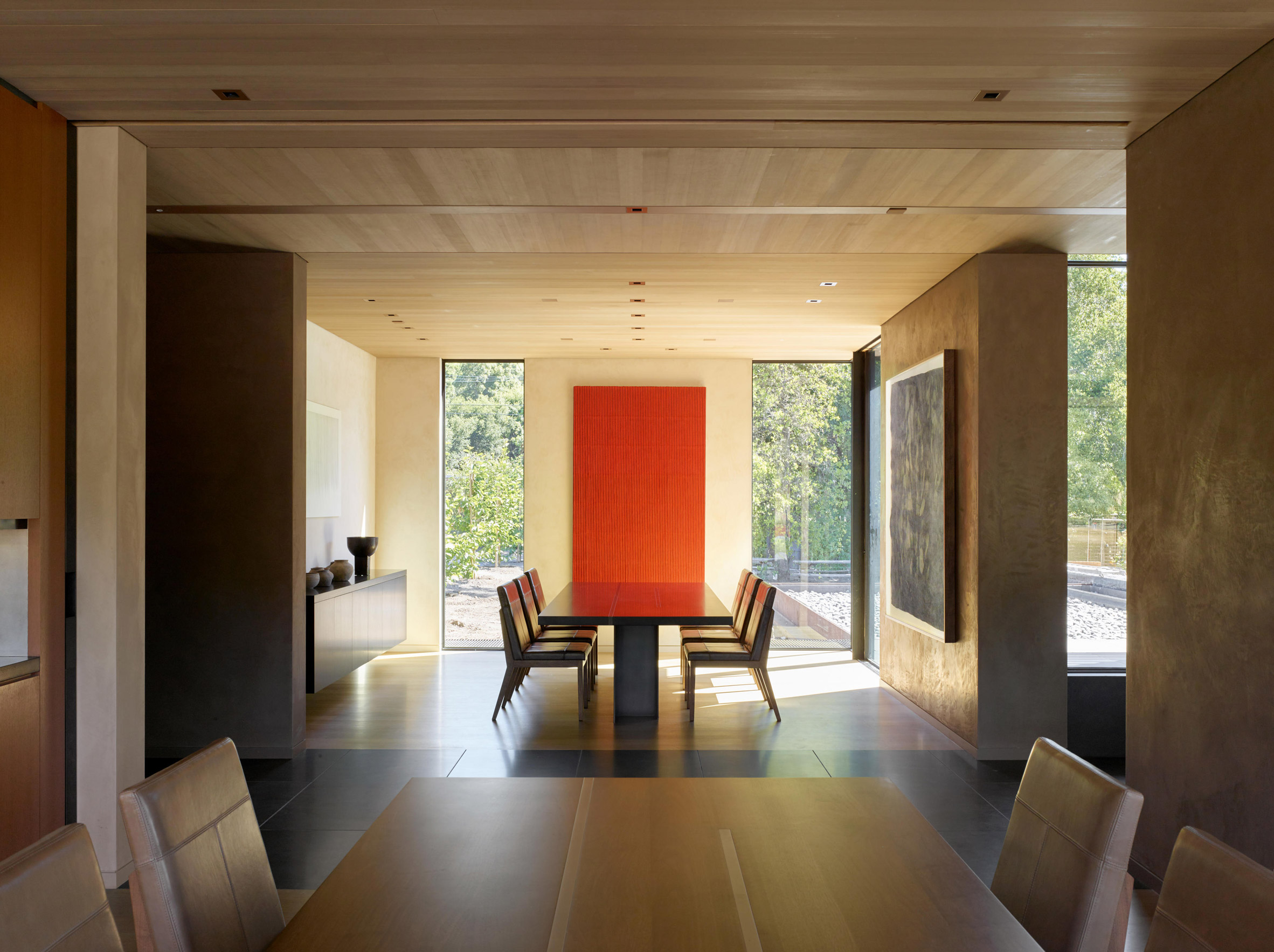 At the core of the house is the public zone, including the main living and dining area
