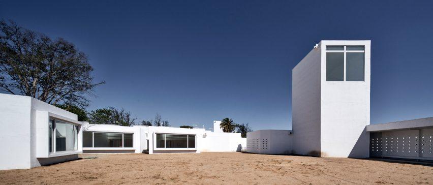 El proyecto fue diseñado por Sebastian Irrawaddy Architects