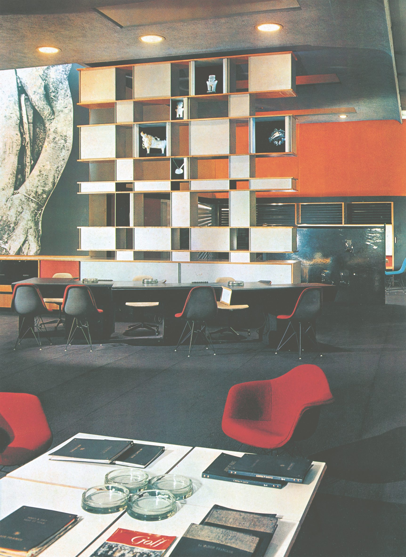 Charlotte Perriand's wall divider and storage unit