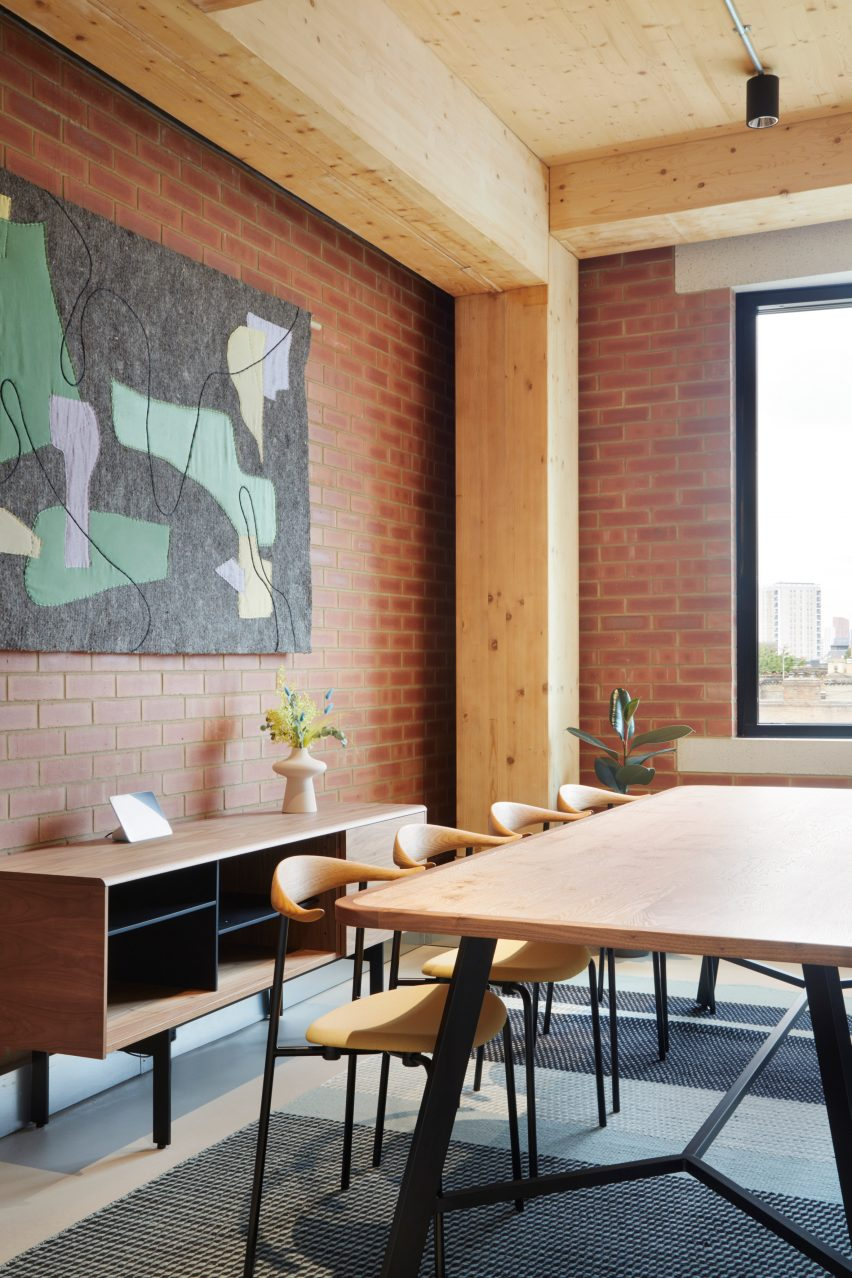 Meeting room in The Department Store Studios by Squire and Partners