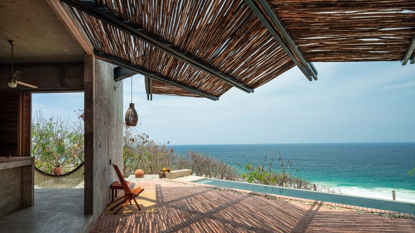 A view onto the ocean from inside Casa del Sapo
