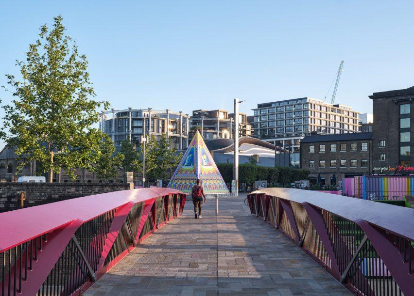 Crossing Esperance Bridge towards Proud Little Pyramid