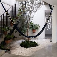 Concrete house by Gestalt Associates take cues from Querétaro's colonial architecture