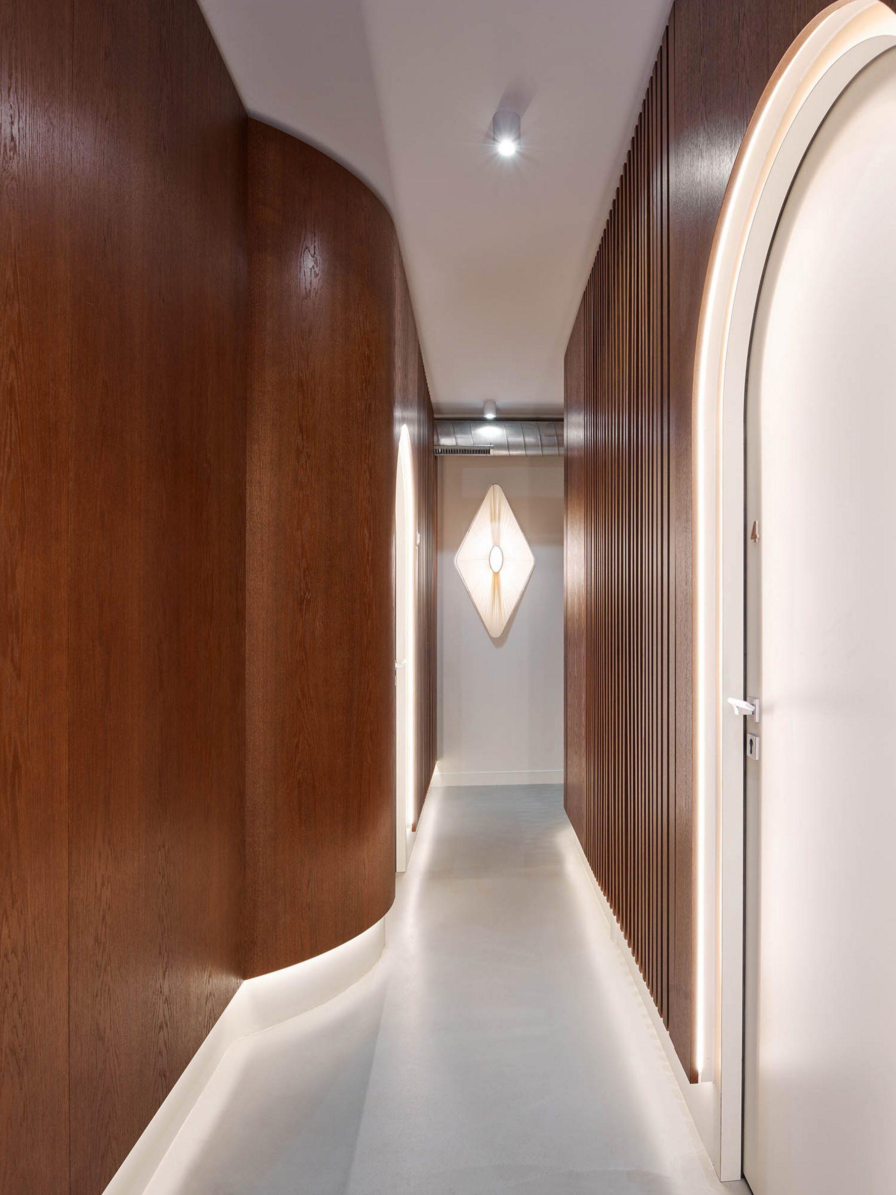 The hallway of Paris Dental Studio