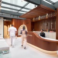 JCPCDR Architecture uses oak wood throughout Paris Dental Studios