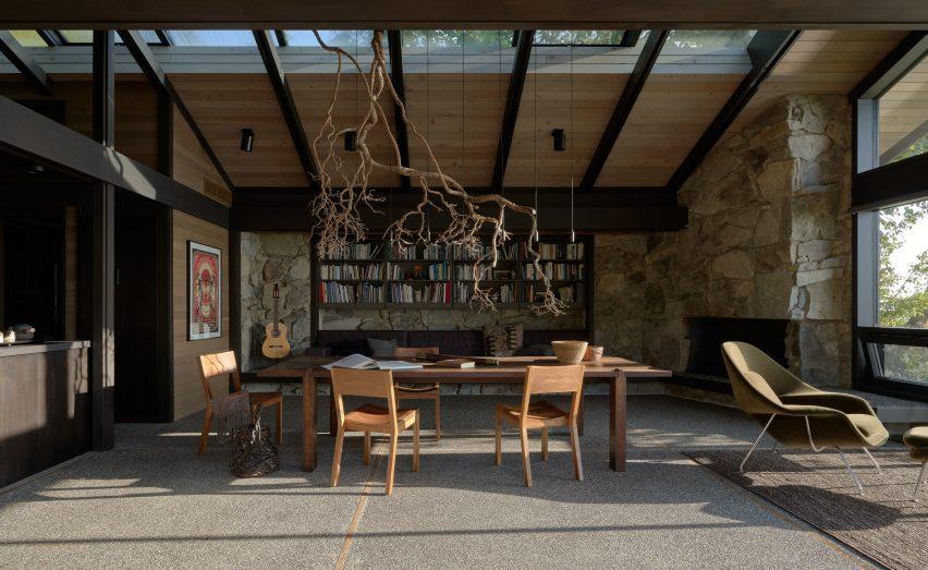 Студия обновила интерьеры Loom House