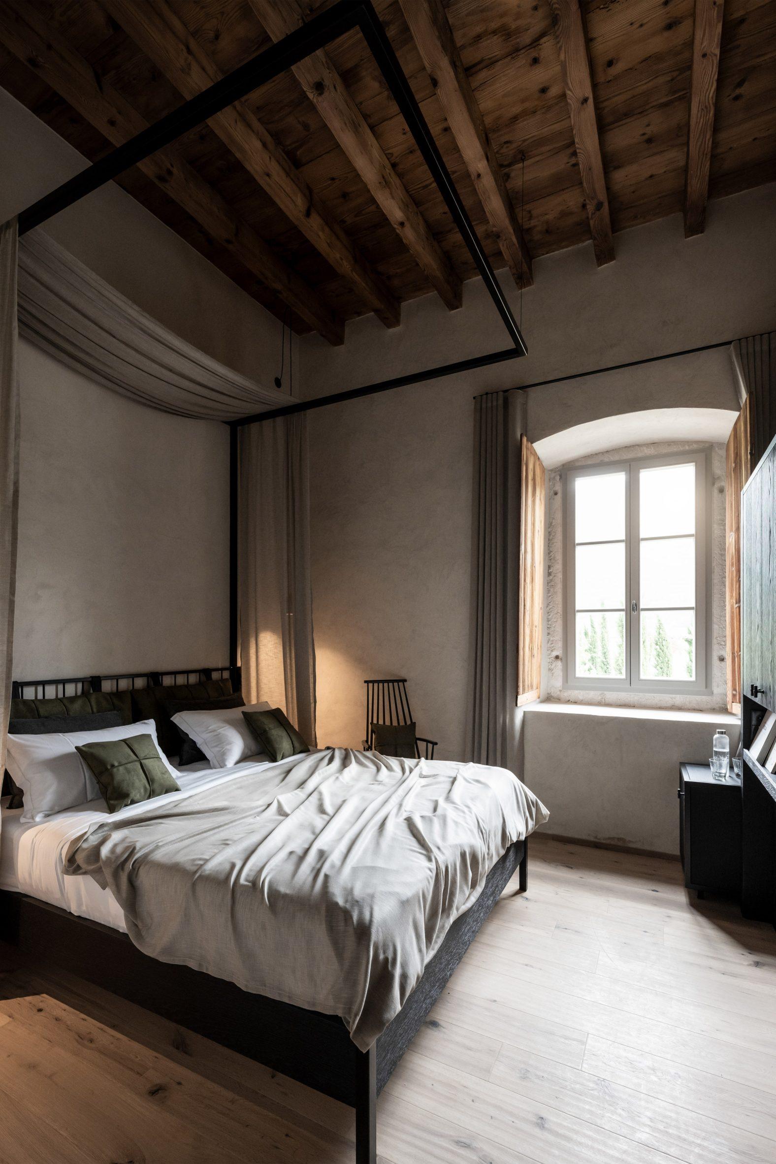 Hotel room in Italian monastery