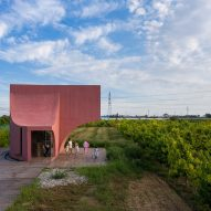 The exterior of Peach Hut by Atelier Xi