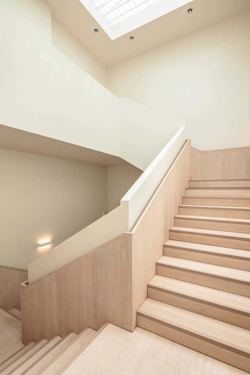 Light timber stairwell in Snohetta extension to Ordrupgaard Museum