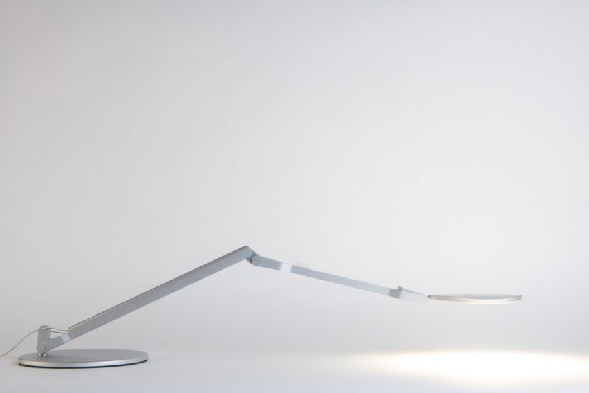 Splitty Reach light by Kenneth Ng and Edmund Ng for Koncept stretched out nearly flat