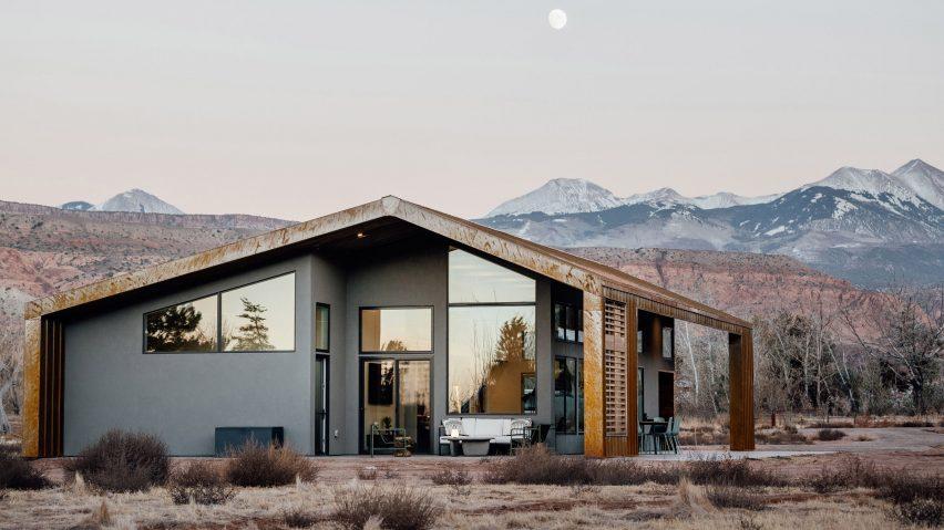 Sunny Acres Residence Studio Upwall Architects